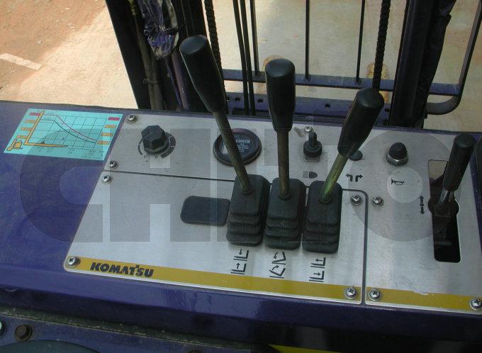 产品标题:小松电动叉车维修